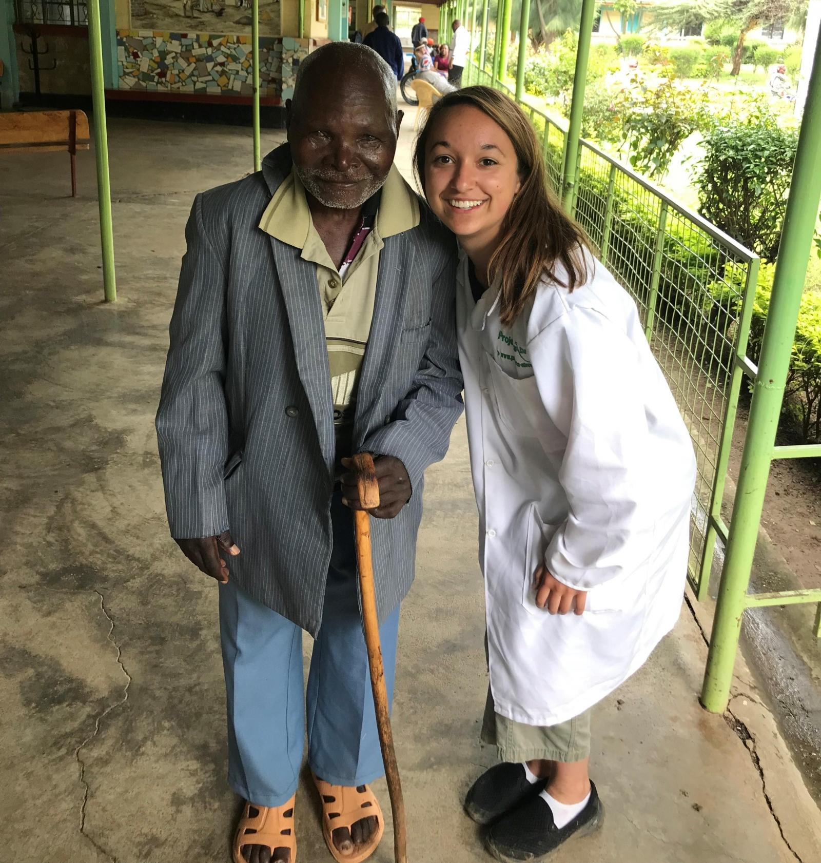 Lauren F working at her placement hospital in Kenya